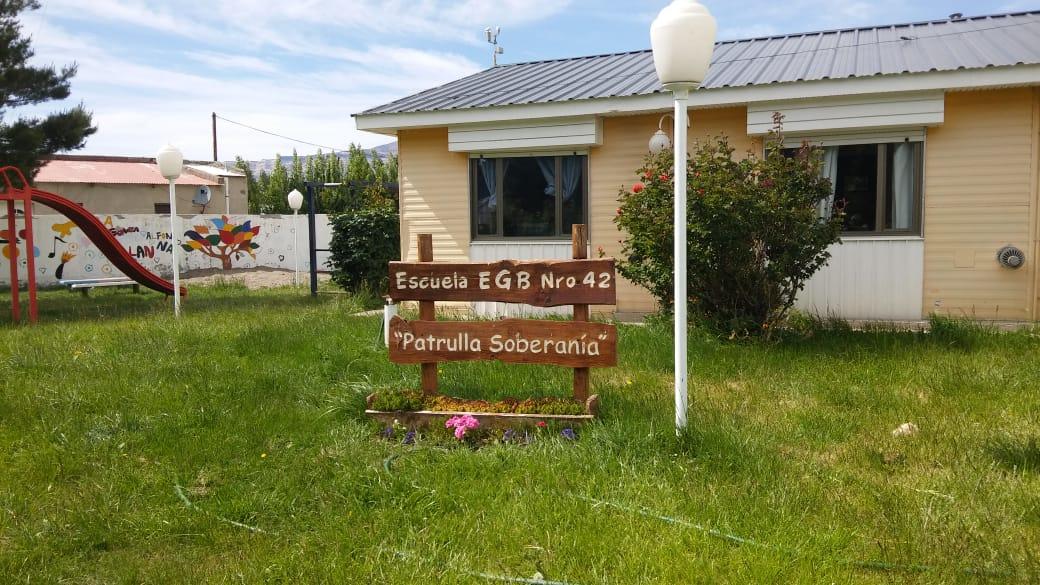 Esc Soberania 13 11 18 16 1 - LU2WA realizó la Activación Escuela Patrulla Soberanía - Lago Posadas